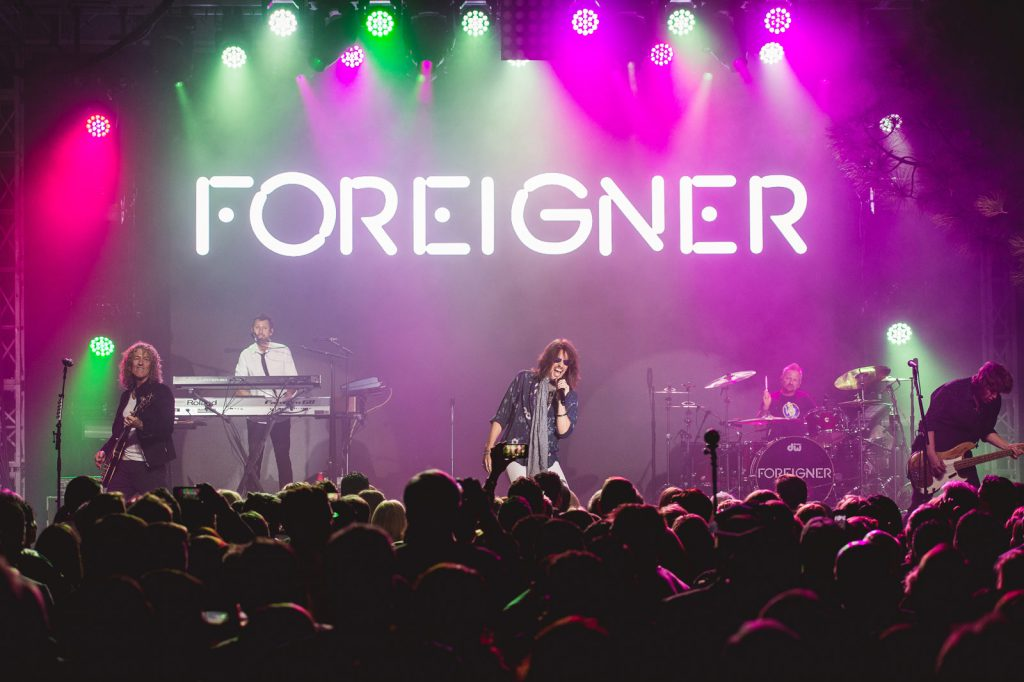 Foreigner9